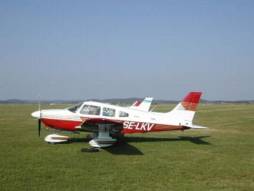 Piper PA 28-181 Archer II